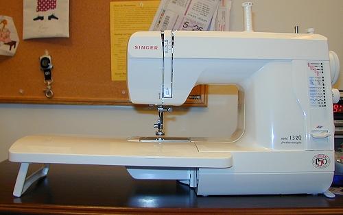 modern machines rh mrsmadison com Singer Featherweight Table Singer Featherweight Serial Numbers